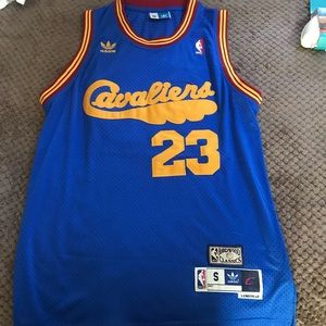Cleveland Cavaliers Throwback Jersey Lebron James